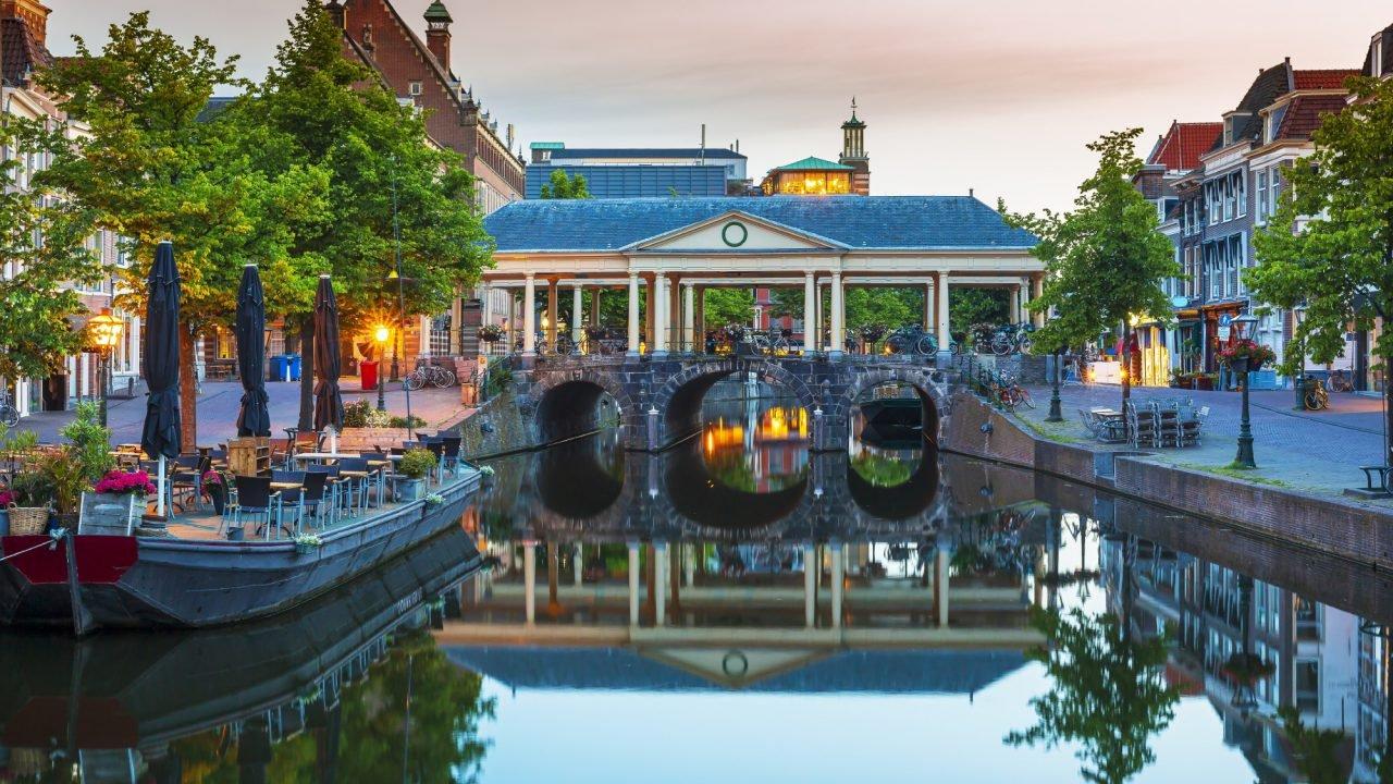 Leiden 2000px